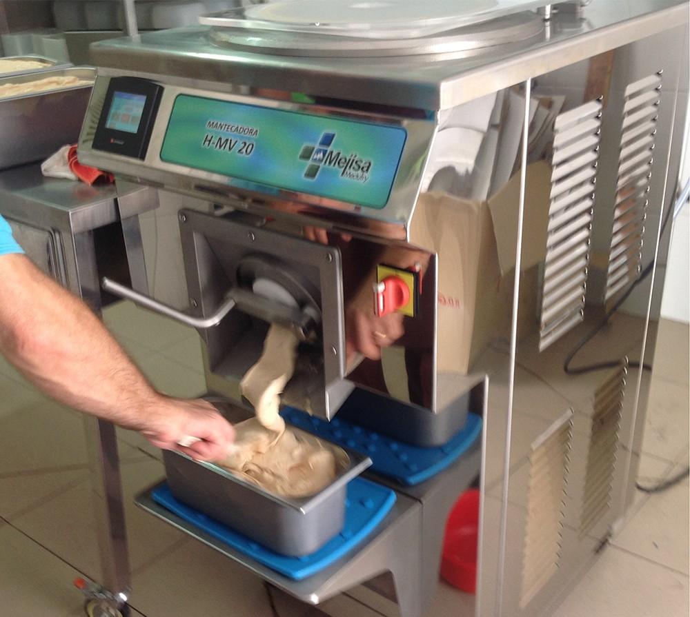 Nueva mantecadora vertical para heladerías